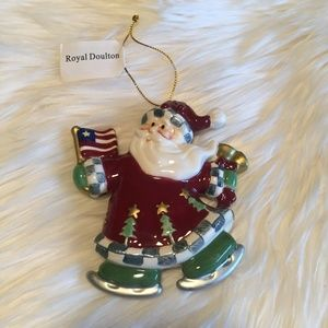 Royal Doulton - St Andrews American Santa Ornament
